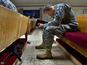art.soldier.pray2